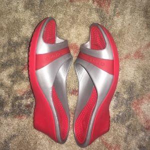 CROCS Shoes - ‼️🔥EUC CROCS Platform Flip Flop Sandals!🔥‼️